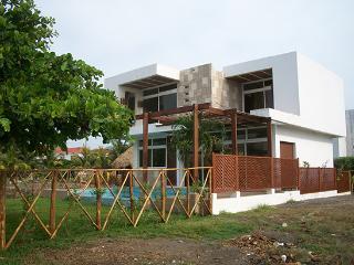 Chalet Casa Iztapa, Monte Rico