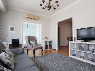 3bd apt at the heart of Athens