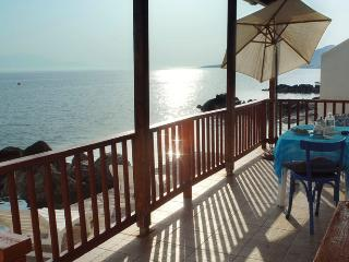 Paradise House right on Sea!!, Peloponnese