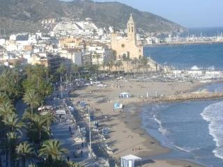 Sitges -Sunny & by the beach, great terrace