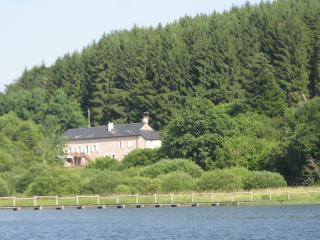 La Maison du Lac-Chambres d'hôtes - MORVAN