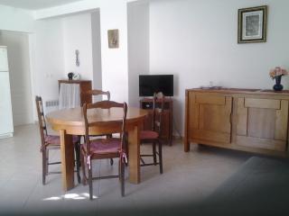 Petite residence accueillante 990 m.de la mer 50M2, La Ciotat