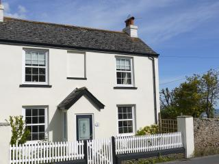 SEAVIEW COTTAGE, Charmouth