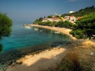 Croatian stone cottage, Bratus
