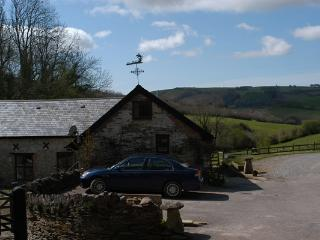 Farthingwood Barn, Wheddon Cross