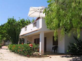 Villa with Garden and Beach Access