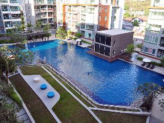 SeaCraze Beach Luxury Condo 2BR Hua Hin Khao Takiab 200 m to the beach