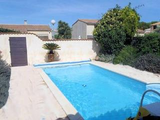 Marseillan villa beach holiday