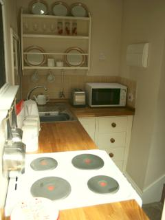 Quaint Kitchen/Breakfast