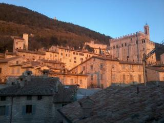 Stunning view apartment in Gubbio -  medieval festival Aug. 18-19