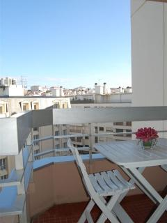 Balcony oriented South/East with lots of sunlight and view of rooftops of Biarritz
