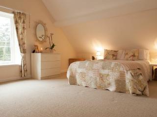 Large triple bedroom