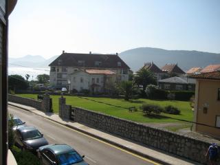 Apartamento Noja Trengandin frente al mar