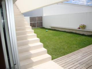 Private garden and deck