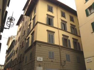 2 bedroom apartment in the heart of Florence, ideally located for visiting city attractions