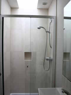 First Floor en suite shower room