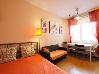 Romantic Orange, Barcelona