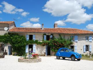 Le Bourg Bed & Breakfast, Montmoreau-Saint-Cybard