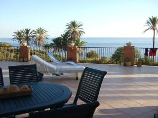 Apartment in villa near thesea, Sciacca