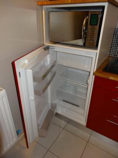 Refrigérateur **** & Micro-onde Grill