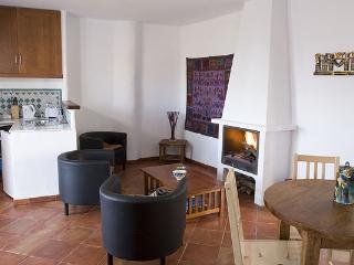 A-2 | Apartamento 3 plazas Con Balcón | Alpujarra
