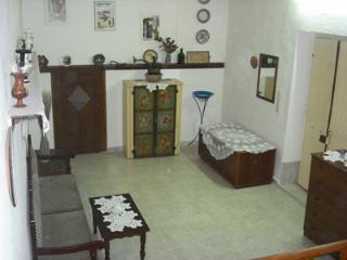 Evangelia Tradithional House, Haraki
