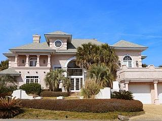 Soundfront Estate with optional Ocean front Suite, Wrightsville Beach