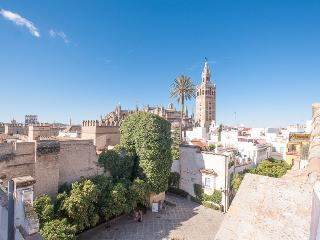 CATHEDRAL VIEWS APARTMENT WIFI, Sevilla