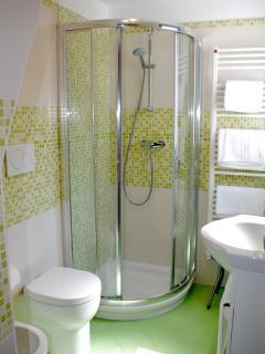 bagno camera salvia