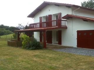 Appartement dans maison basque, Bayona