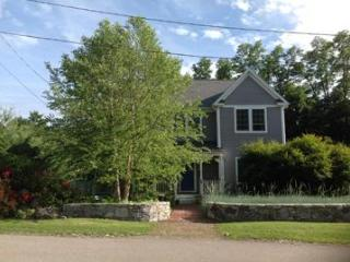 Take the train to 4 br in historic Cold Spring!