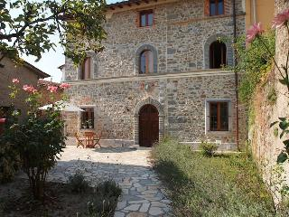 Oneta, Borgo a Mozzano