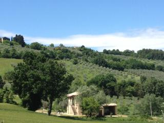 COUNTRY APARTMENTS IN UMBRIA