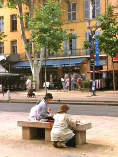 Besides those two great figures of history, Cézanne and Zola, many artists have marked the town