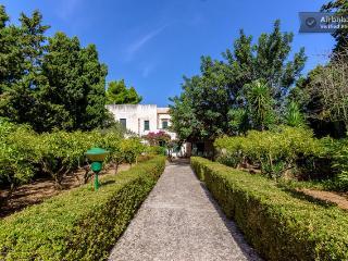Stunning Villa Maria Valderice