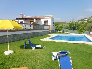 Villa Casa Toni- 3 bedrooms villa with pool, A/C