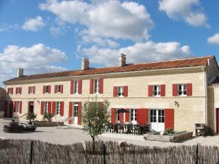 Chez Pineau, Aujac