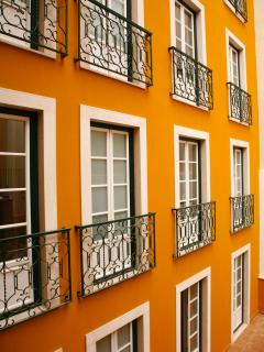 HolidayLovers Chiado Deluxe Terrace 3 BR Apartment