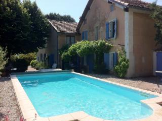 Enchanting Provencal villa with private pool and garden, sleeps up to 6