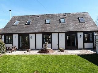 Bwthyn Efyrnwy: Cosy Cottage on a Farm - 75703