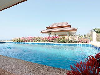 2 bedroom pr.pool penthouse, Khao Tao