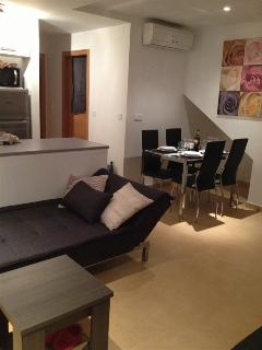 comfortable open plan lounge diner