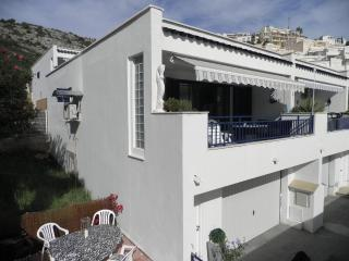 House with sea view, large terrace, pool, air-con, Peniscola