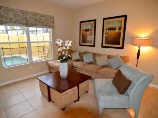 4 Bed 3 Bath Town Home In Paradise Palms. 8953MPR, Orlando