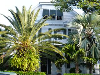 Elegant Historic Home near Seaport, Cayo Hueso (Key West)
