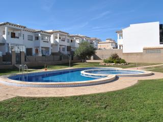 La Cinuelica R3,  1st Floor apartment overlooking pool in Los Altos