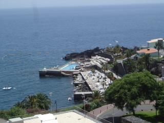 Funchal Monumental Lido Apartment +Wi-Fi!...
