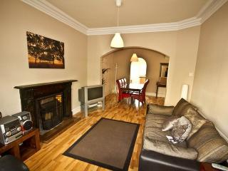 Marlborough House Derry Close to City Centre Self Catering Wi-Fi Sleeps up to 10