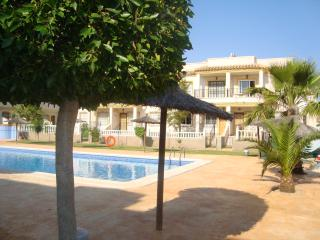 1st Floor Apartment with Solarium near Villamartin