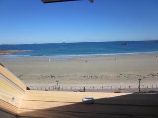 studio au bord de la plage